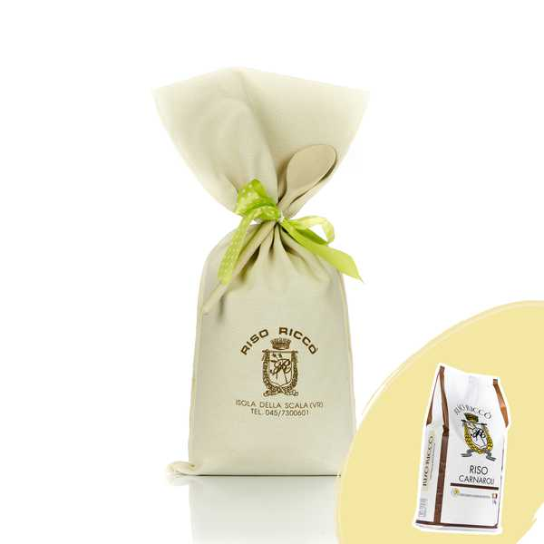 Jute bag containing 5 kg of  Carnaroli rice with a big wooden spoon